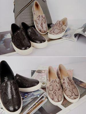 Korea feminine clothing Store [SOIR] Snake skin Slip-on Shoes / Size : 230-250 / Price : 52.15 USD #soir #feminine #dailylook #lovely #honeymoonlook #shoes #slipon