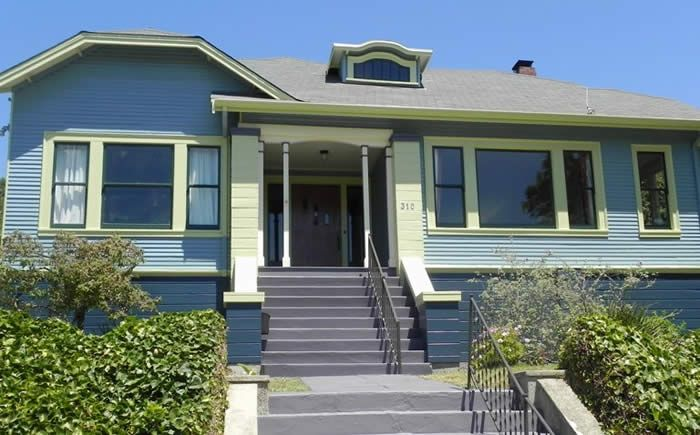 17 best images about bungalow colors on pinterest queen anne arts and crafts and colors for Historic house colors exterior