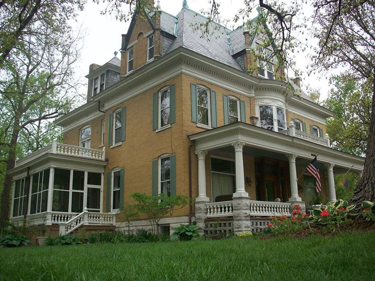 25 Best Ideas About Yellow Brick Houses On Pinterest Road Road And