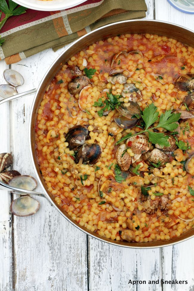 Fregula con Arselle (Sardinian Pasta with Clams) & Sardegna | Apron and Sneakers