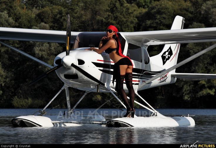 TL-Ultralight TL-3000 Sirius XXX | Girls and aircraft ...