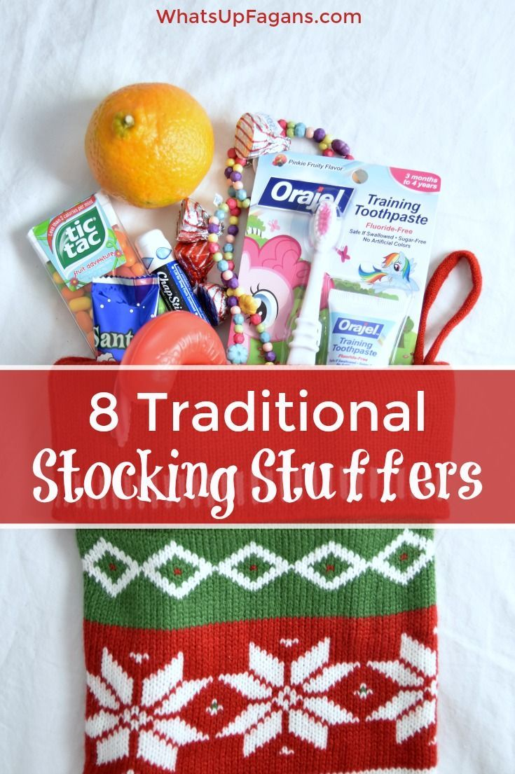 Traditional Christmas Stocking Stuffers Ideas - 8 simple minimalist gifts to include every year in your holidays for him, her and the kids. #Smilehood AD