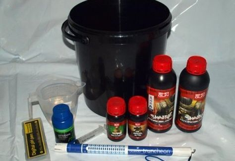 Beginners Guide To Mixing Hydroponics Nutrient Solutions - Best Seed Bank