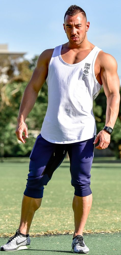 MeshTech 3/4 Training Pant- Navy  You asked for it, so after a long period of sampling and alterations, we bring to you the first generation of 3/4 Training Pants.Men's Training Pants | Men's fashion | Men's gym dress | Men's outfit | Men's style | #Men's pants #fashion #gym #outfit #style