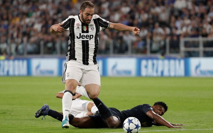 Football transfer news and rumours: 'Juventus turn down Chelsea's £88m move for Gonzalo Higuain'