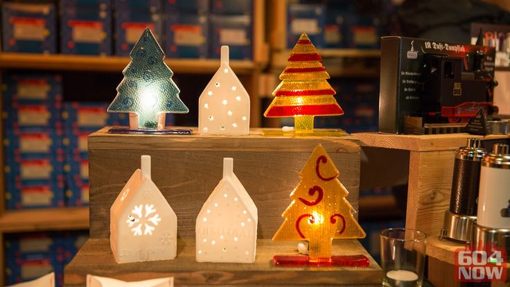 In addition to our Herrnhut Stars we again offer great decoration items imported from Germany. Find your individual, handmade Christmas Gift at our Herrnhuter Sterne booth. #mybrilliantstar #hernnhutstar #vanchristmas
