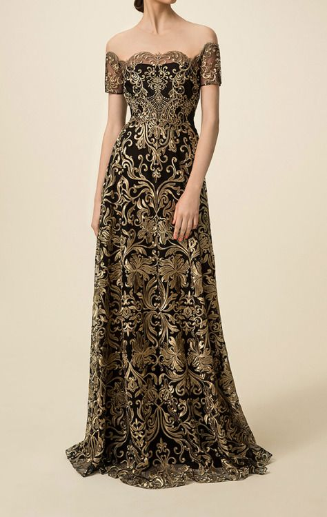 What Cassana Baratheon would have worn, Marchesa Notte