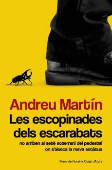 Corrupció, escàndols, blanqueig de capitals, espionatge, violència, sexe… són alguns dels ingredients d'aquesta novel·la negra en què Andreu Martín retrata d'una manera extraordinàriament crítica els temps que estem vivint.