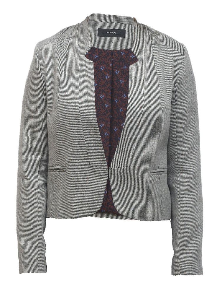 Grijs streepje - Gekleed, gestreept jasje. Kleur zwart/wit en kleine kleurdetails in geel, rood en blauw