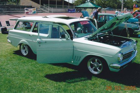 EH Holden Car Club of VIC, 1964 Green / White EH Station Wagon.