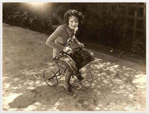 Una grande diva per una piccola bicicletta