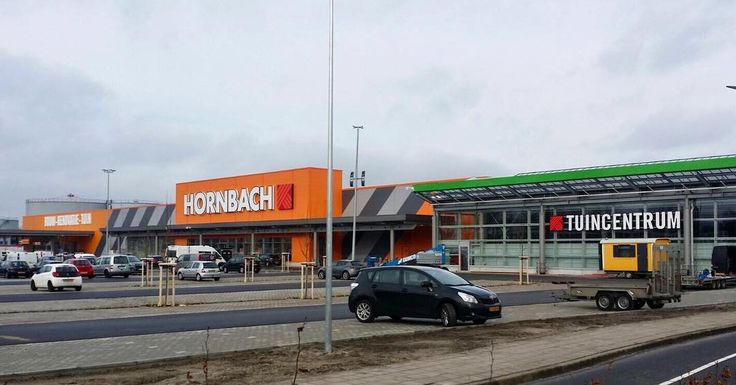 At the end of January Hornbach in Zwolle (NL) is officially opened! #hornbach #netherlands #europe #construction #opening #opened #tuincentrum #bouwmarkt #baumarkt #overijssel #building #shopping #inprogress #constructioncompany #constructionsite #constructionworker #work #parkingplaces #doityourself #market #elan #project #projekt #opened #architecture #elandakenwand