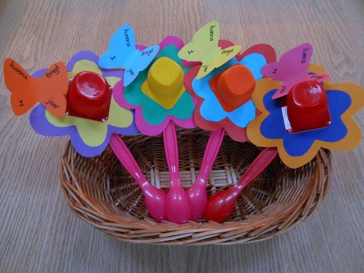 yogurt cup flowers craft