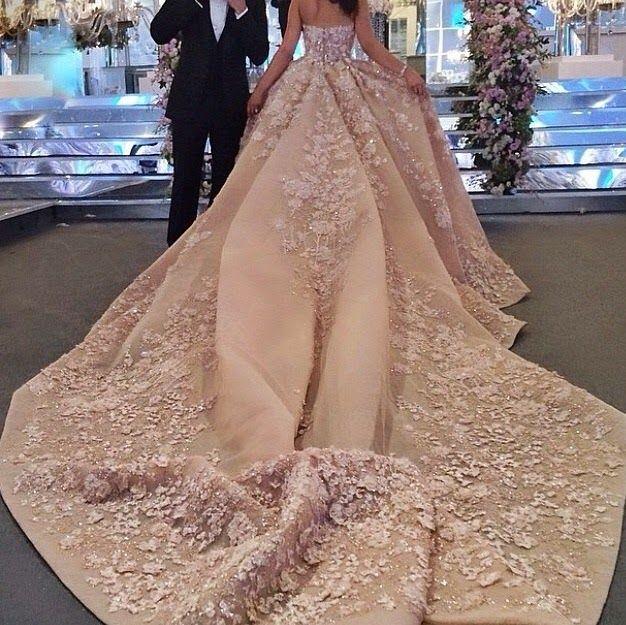 Posh and Glamour: Dubai'de Muhteşem Bir Arap Düğünü Elie Saab Wedding Dress