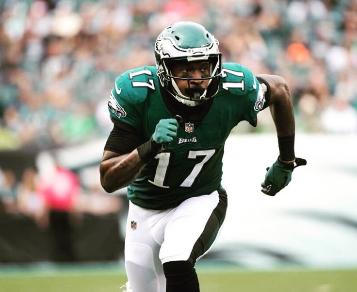 This Just In: According to reports the Philadelphia Eagles signed WR Alshon Jeffrey to a 4-year/$52M extension worth $27M fully guaranteed.  Jeffreys deal also includes another $1M per year in incentives.  In 11 games Jeffrey has compiled 43 receptions 619 yards and 7 TDs.  ________________________________________________________ #nfl #nflnews #nfllive #nflupdates #nflnow #espn #espnnews #espnupdates #espnnow #sports #sportsnation #sportsupdates #sportscenter #football #footballlive…