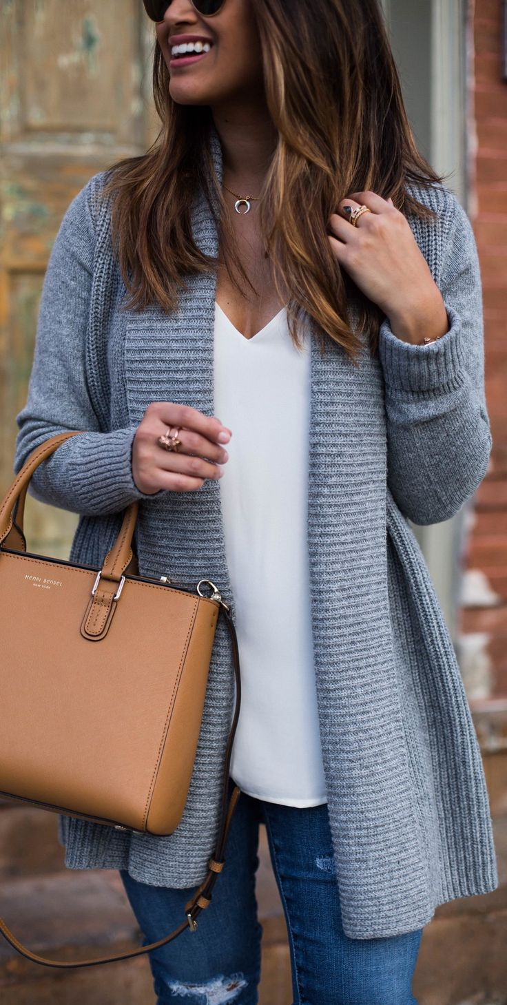 #winter #fashion /  Grey Cardigan / White Blouse / Ripped Skinny Jeans / Brown Leather Tote Bag