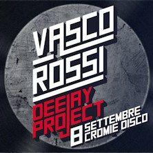 Vasco Rossi Deejay Project - Tutti in pista, l'8 settembre, per il Vasco Rossi Deejay Project: serata evento con alcuni tra i più famosi Deejay italiani, dedicata a Vasco, ospite d'onore del Nova Yardinia Resort.   Attenzione però, cari Fans, non sarà un concerto.