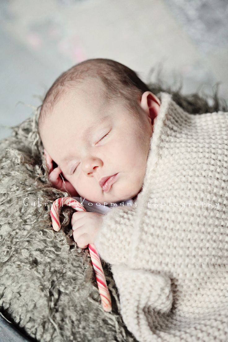 Christmas baby photo idea... if MJ gets here before Christmas :-)