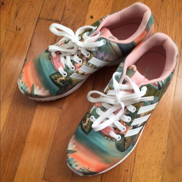 new styles 828f1 8e36f Adidas Torsion sneakers