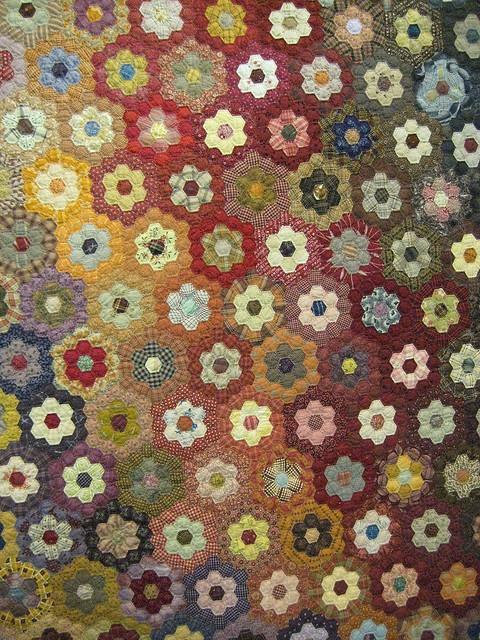 464 best images about quilts grandmother 39 s flower garden on pinterest grandmothers texas for Grandmother flower garden quilt pattern variations