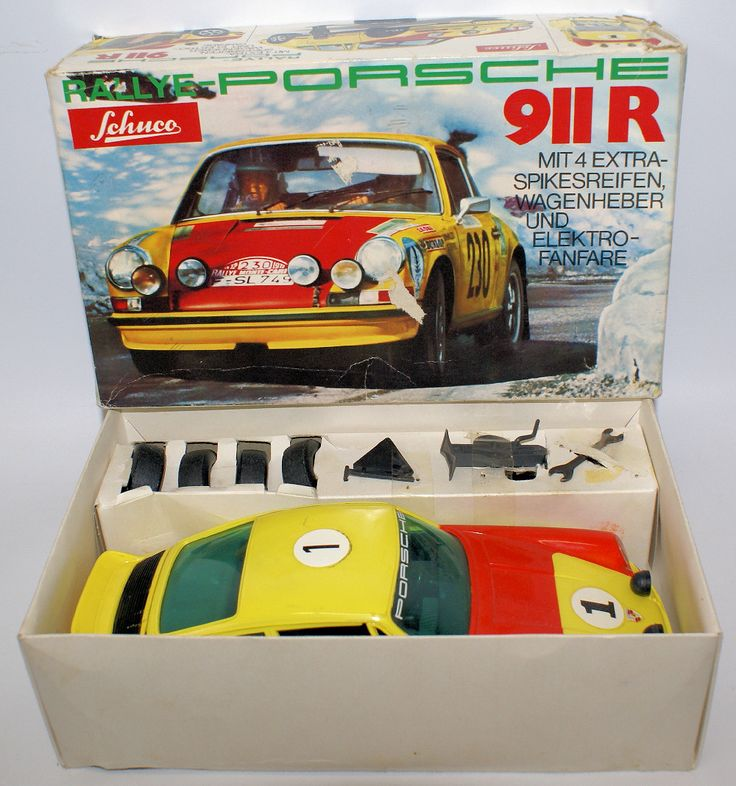 Vintage SCHUCO #356 218 PORSCHE 911 R 1:16 Scale Battery Operated Toy Race Car