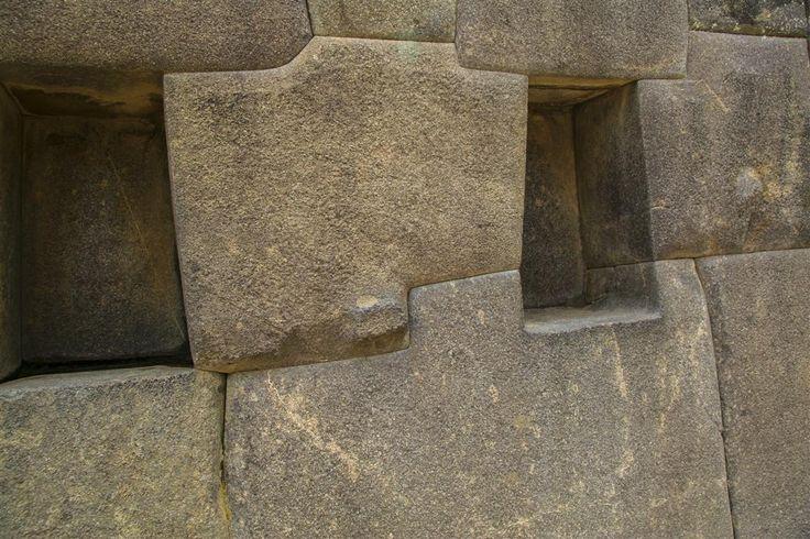 Machu+Picchu:+Built+By+Ancient+Race+Or+Aliens?
