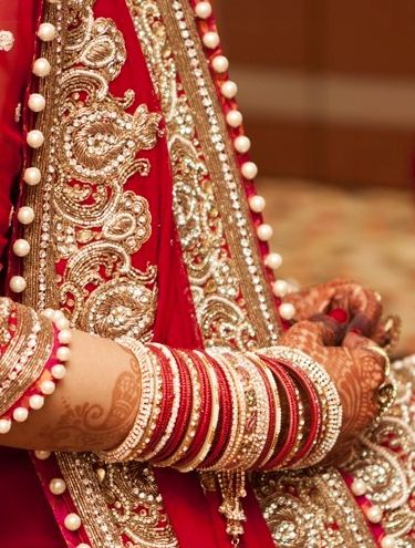 Red bangles on marriage for every bride! Matrimonialvivah.com