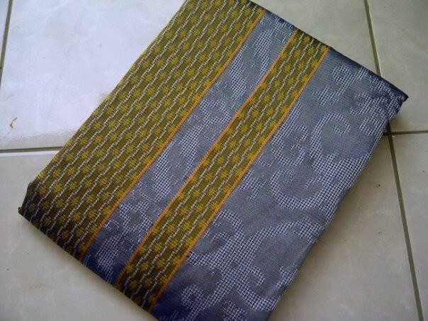 Jual Tenun Baron Silver dan Hijau, kuning    Harga yang kami berikan sangatlah terjangkau :  HP : 0822-2777-0246 PIN : 749D3643 http://tenunbaronjepara.blogspot.com/