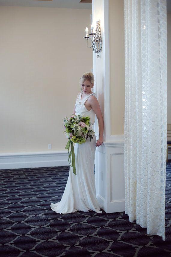 17 best ideas about robe de cr pe on pinterest robe for Robes de mariage double baie