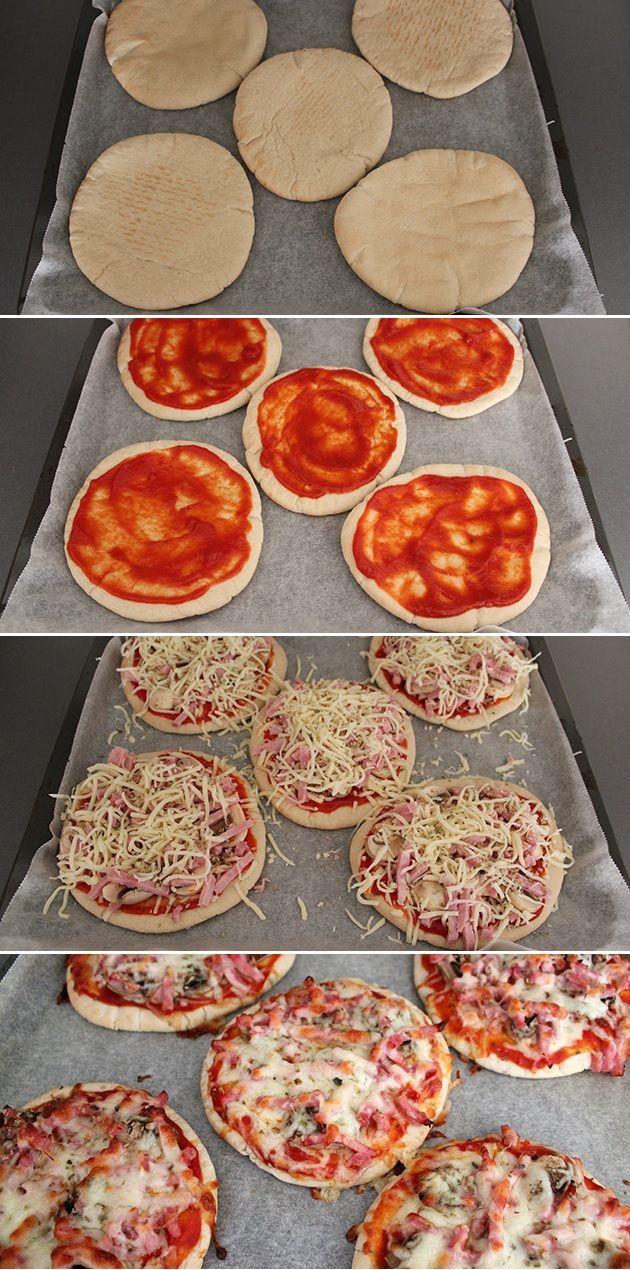 Med pitabrød som bund er det ingen sag at bikse nogle virkelig lækre mini-pizzaer sammen. Brug dit yndlingsfyld eller lige det, du har i køleskabet.