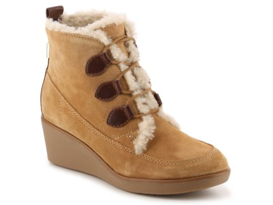 Women's Tommy Hilfiger Eddan Wedge Bootie - Tan