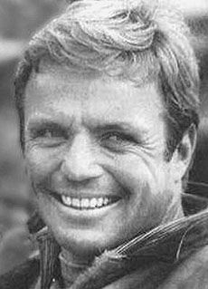 Google Image Result for http://www.nndb.com/people/401/000131008/richard-jaeckel-1-sized.jpg