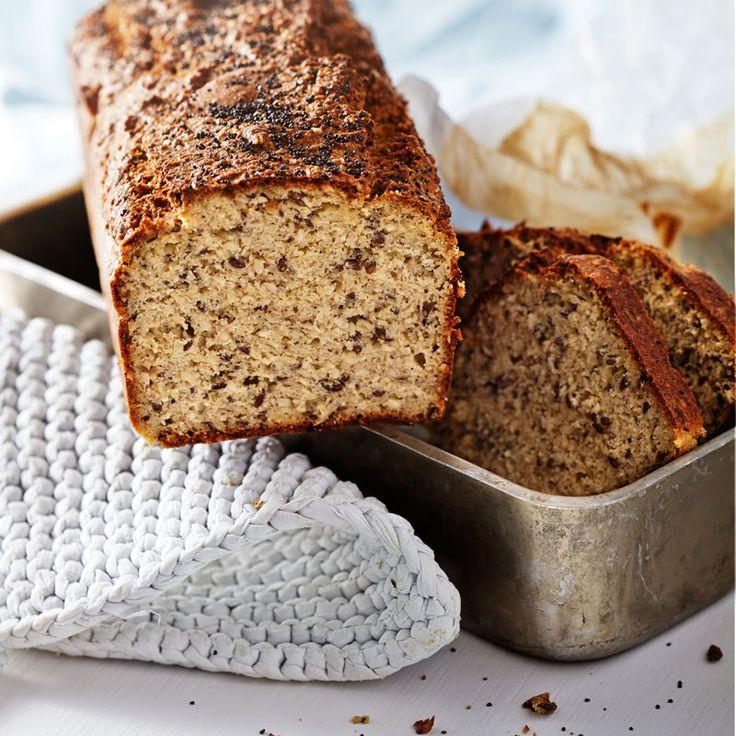 Baka ett gott och lättbakat bröd med få kolhydrater. Brödet är mycket gott att rosta!