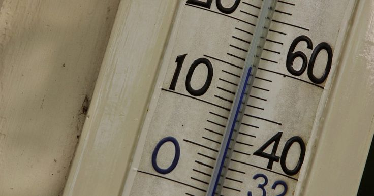 As diferenças entre higrômetros e barômetros. Meteorologistas e outros cientistas usam diversos instrumentos para obter dados. Esses dados são analisados e comparados com dados preexistentes sobre padrões meteorológicos e assim são feitas as previsões. Dois desses instrumentos, com os quais se obtêm dados de grande importância, são o higrômetro e o barômetro. A principal diferença entre eles ...
