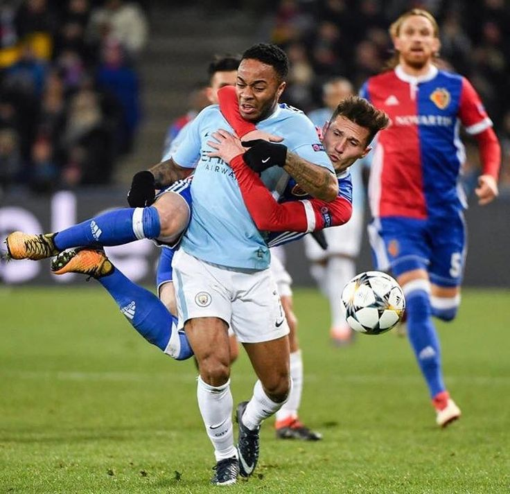 Could this be a foul??? Manchester City 4 Basle 0 ⚽️⚽️⚽️