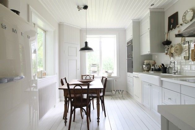 A lovely, calm white and grey Swedish island home