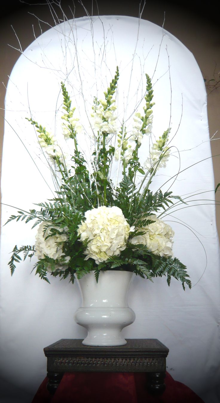 Hydrangeas and snapdragons for the ceremony flowers by Emil J Nagengast Florist, Albany, NY.