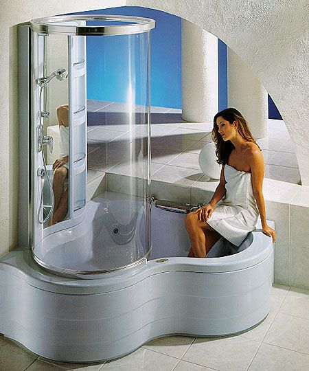 J-Corner Shower Tower: Combination whirlpool bath and glass shower tower made of tempered glass.