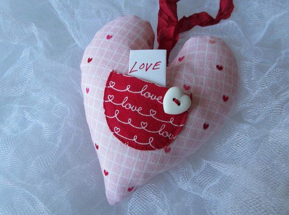 Hanging Heart Valentine Gift Love Note Heart Pink Heart Love Note Pocket Valentine Heart Fabric Heart Valentine Decor Valentine Hanging Hearts Valentine Gifts Valentine Decorations