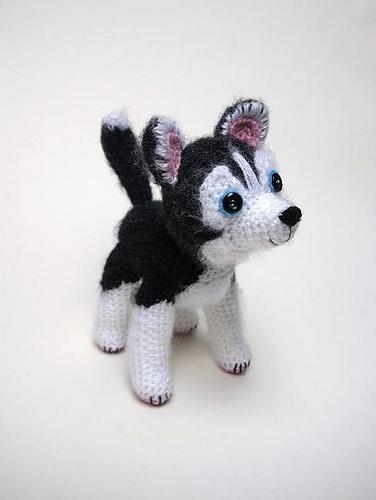 crochet husky