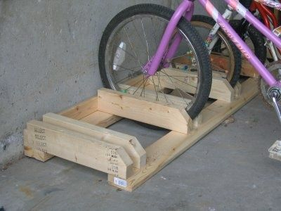 bike rack from 2x4's - I can make these! | protractedgarden