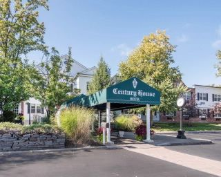 The Century House, an Ascend Collection Hotel in Latham, NY is near Albany International Airport and Crossgates Mall. Free breakfast, free Wi-Fi. Book Now!