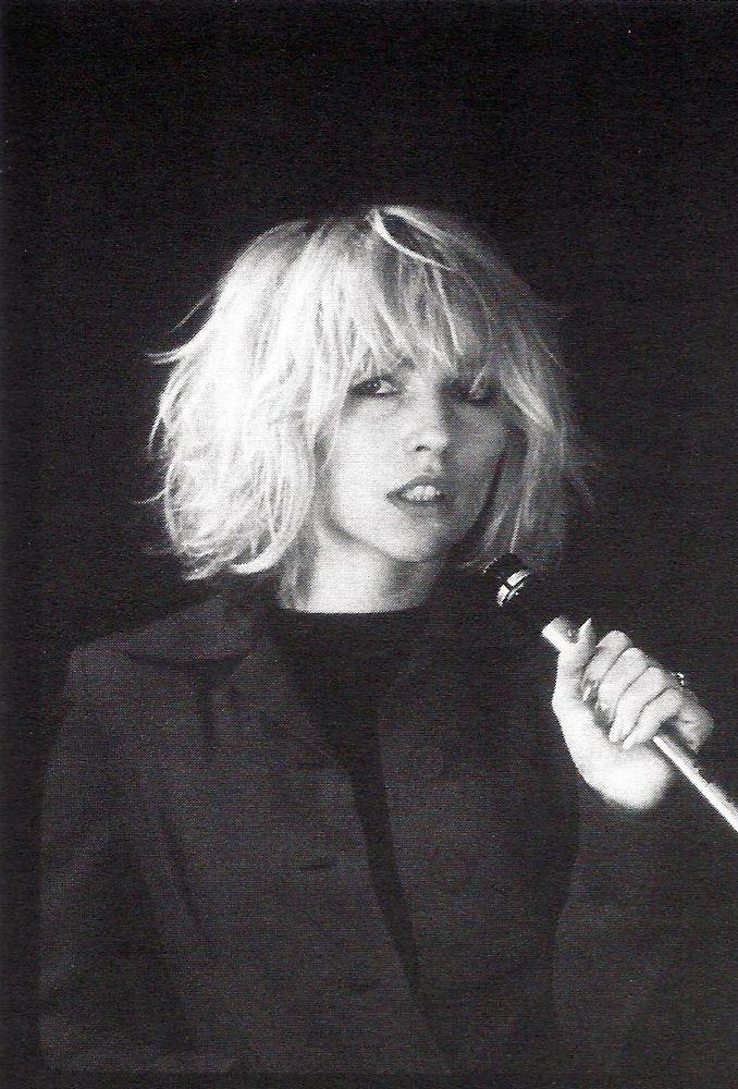 blunt textured bob || Debbie Harry