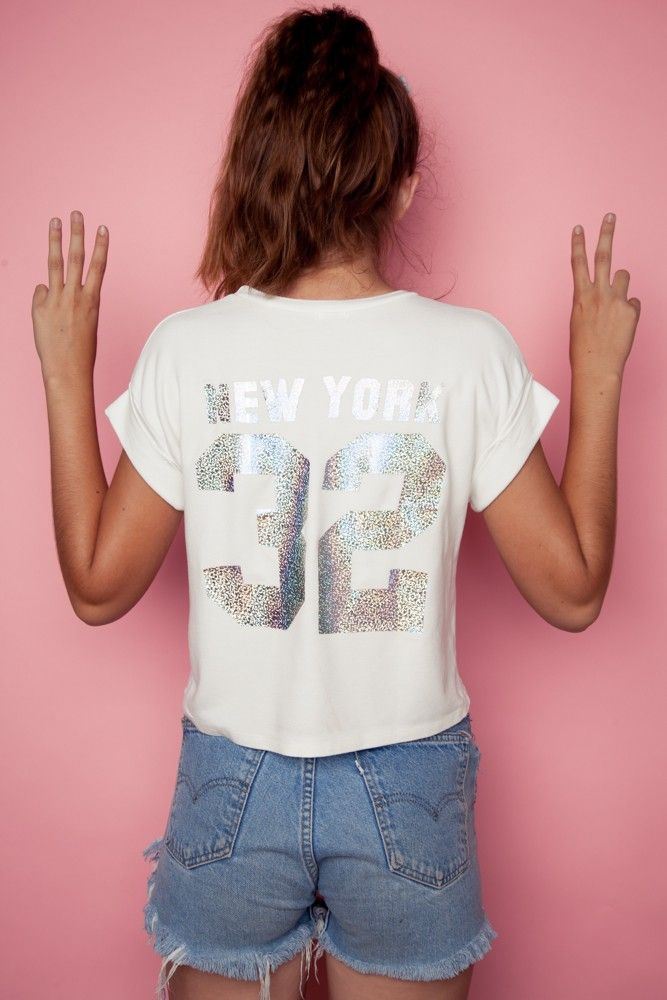 Brandy ♥ Melville | Caleigh New York 32 Top - Graphics