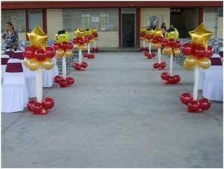 Resultado de imagen para adornos con globos para graduación
