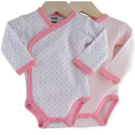 Votre bout de chou va voir la vie en rose avec ce joli lot de 2 bodies croisés pour bébé fille !