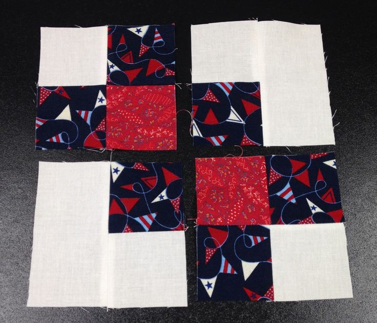 I don't think I am the only quilter who has been obsessed with the latest internet buzz on the garlic knot block.  Bonnie Hunter featu...