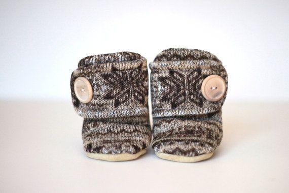 Love these Nordic Knit Booties!  www.nanokidsco.com