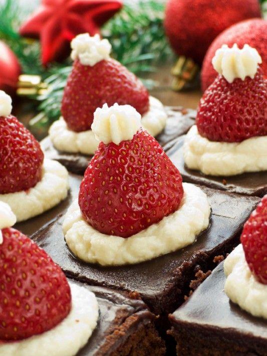 Brownis decorados con fresas y crema pastelera, ideales para navidad - Christmas dessert chocolate browny and strawberrys
