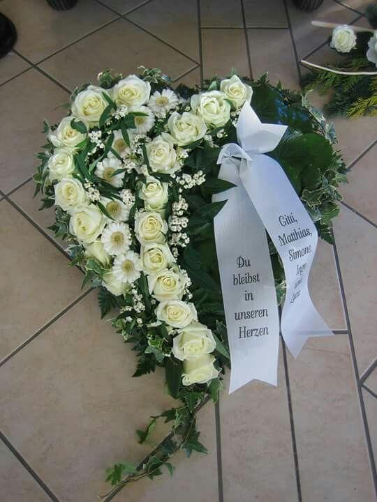 Die besten 78 ideen zu beerdigung blumen auf pinterest for Grabgestecke selber machen fotos